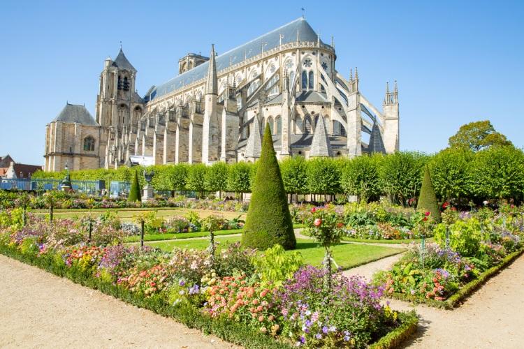 Livraison de bouquets de fleurs à Bourges