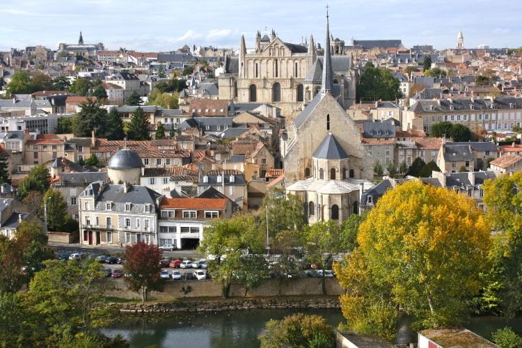 Livraison de bouquets de fleurs à Poitiers
