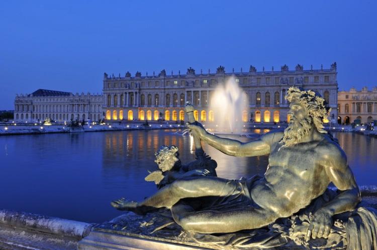 Livraison de bouquets de fleurs à Versailles